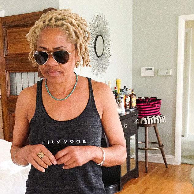 Rambling Thoughts On How Meghan Markle S Mom Doria Ragland S Hair Is Some Woc S Bridge To A Previously Unattainable Social Strata Jjbraids